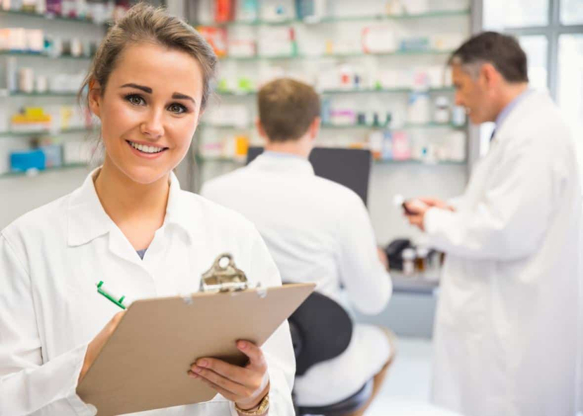 pharmacy career We are well – the uk's largest independent pharmacy we've over 780 branches and more than 7,000 dedicated professionals join us to become one of them.